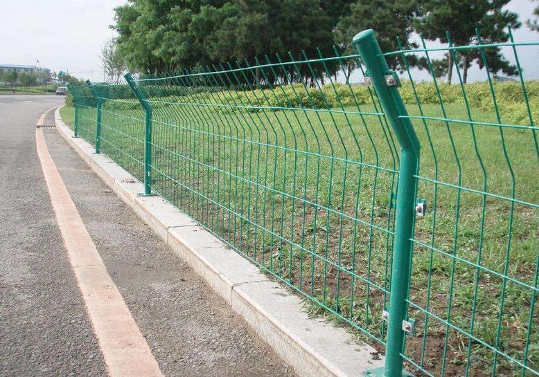 双边护栏网